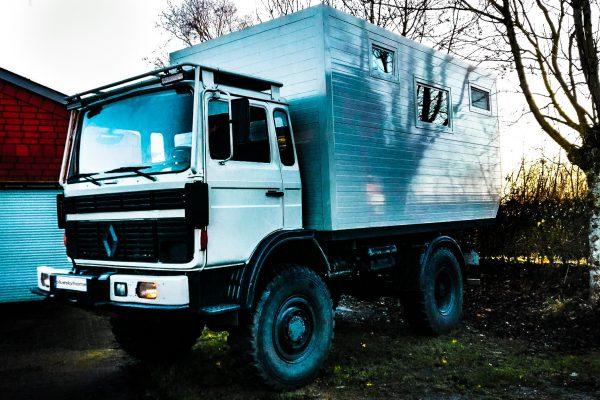 Weltreise Expeditionsmobil Renault Midliner – Alle Informationen auf einem Datenblatt