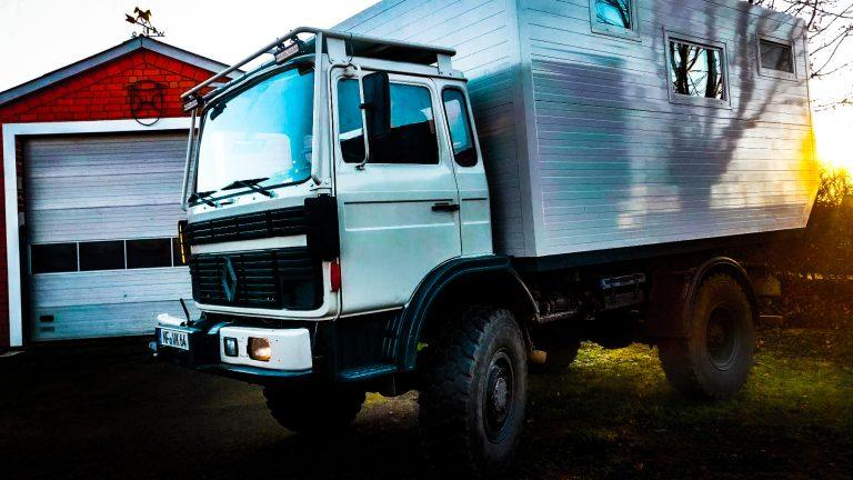 weltreise expeditionsmobil digitalenomaden youtube trailer blueskyhome